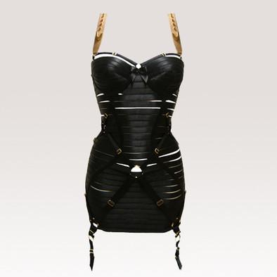 BORDELLE, Tasarım Elbise