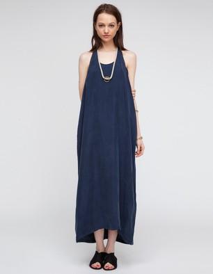 NEED SUPPLY CO., Tasarım Elbise
