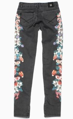 INSIGHT, Tasarım Pantolon