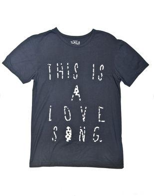 T.I.A.L.S, Tasarım Tişört